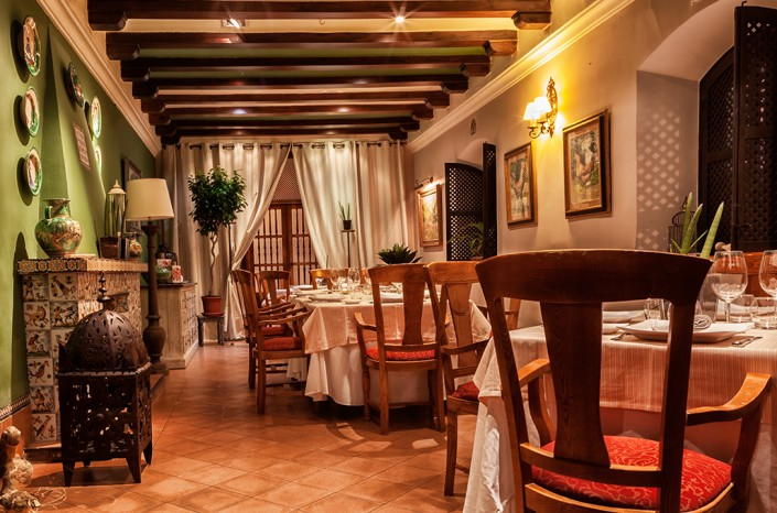 Restaurante discreto en Toledo