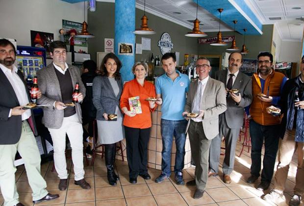 Representantes de la Asociación de Hostelería de Toledo en la Jornada de la Tapa. Venta de Aires