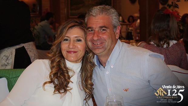 Maite y Roberto Carrasco. Venta de Aires Toledo
