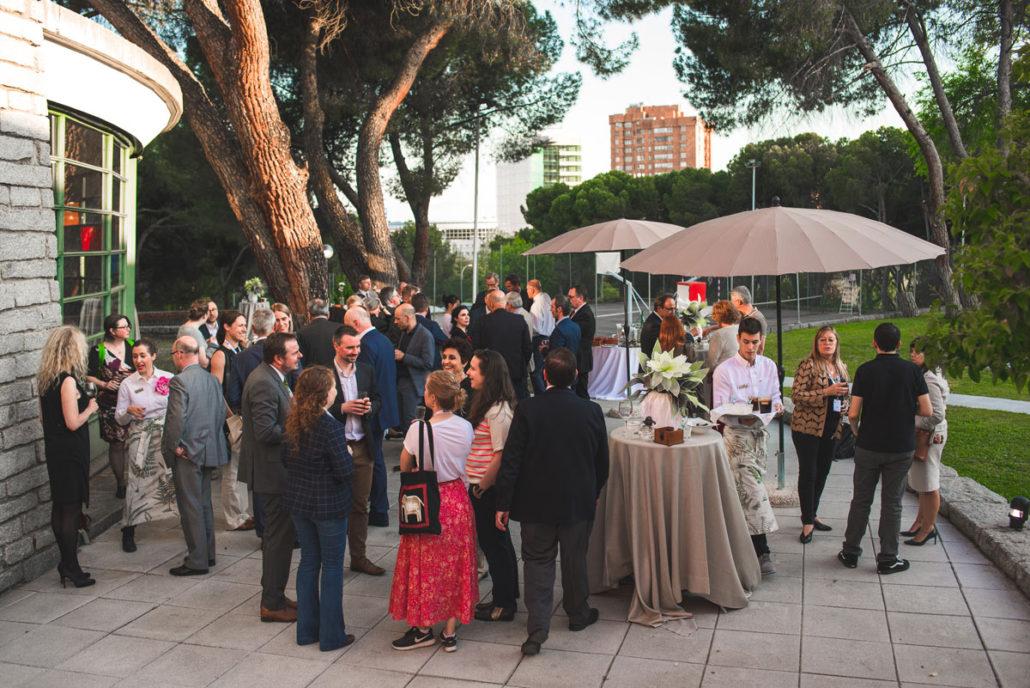 Catering en patio de Madrid