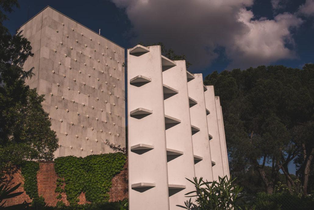 Catering en las afueras del Instituto Eduardo Torroja
