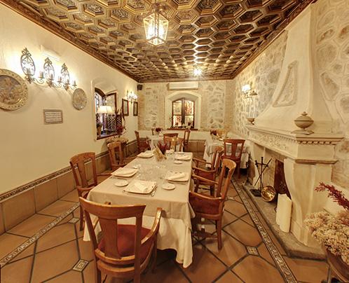 salon-oro-restaurante-centenario-toledo
